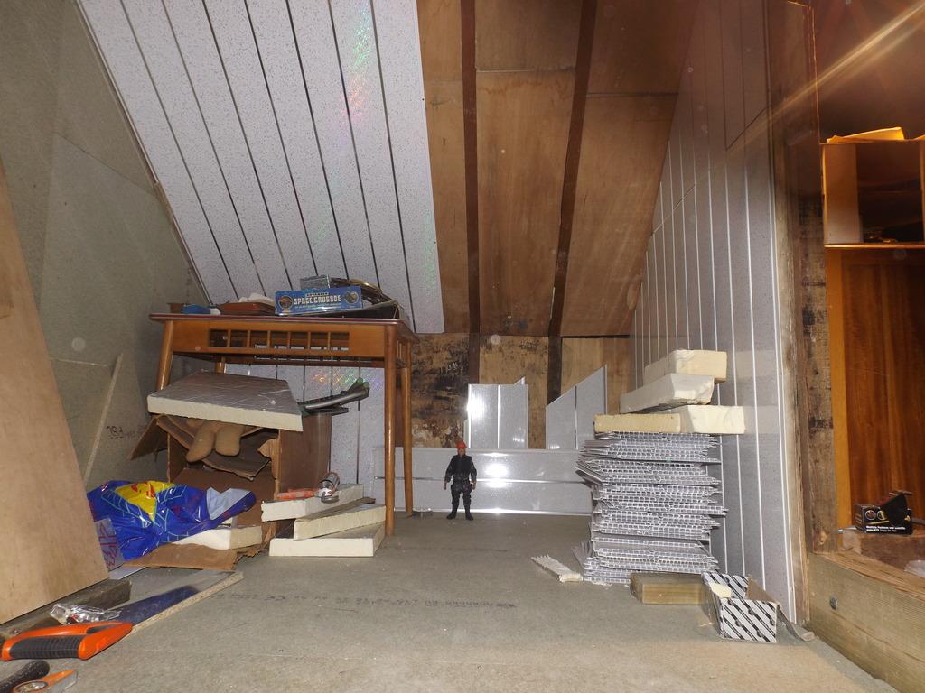 SKJ's Loft/Joe room. - Page 2 DSCF3301_zpslrdlzejl