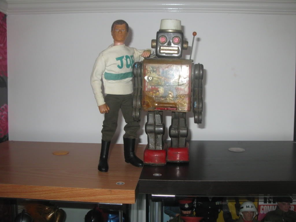 I would love to get this robot... (One I had as a child) Picture001-2