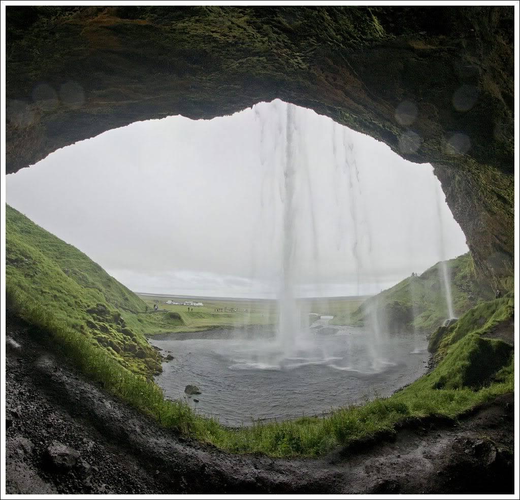 Un petit tour d'Islande... - Page 3 Isljour20_10p