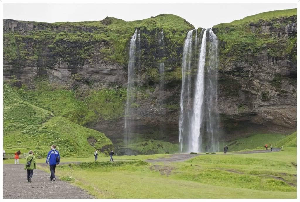 Un petit tour d'Islande... - Page 3 Isljour20_3p