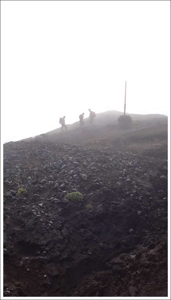 Un petit tour d'Islande... - Page 3 Isljour21_50p