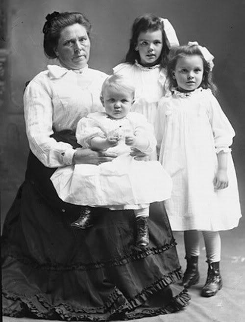 اشرس تسع نساء في التاريخ BelleGunness1