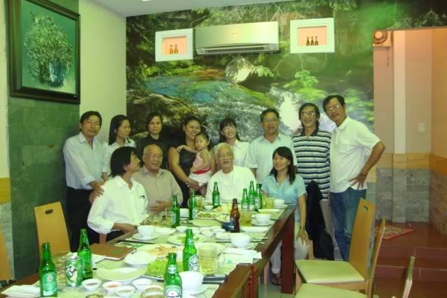 Vài tấm hình họp mặt HN năm 2011 Hn01-3