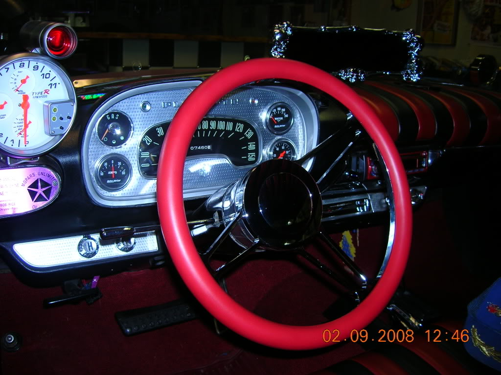 Were there different rear view mirrors availble in 1957/58? NewSteeringWheelin58002