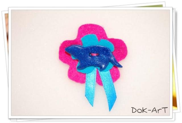 Os presentamos nuestra pequeña tienda:Dok-Art! Broche20fimo20y20fieltro1