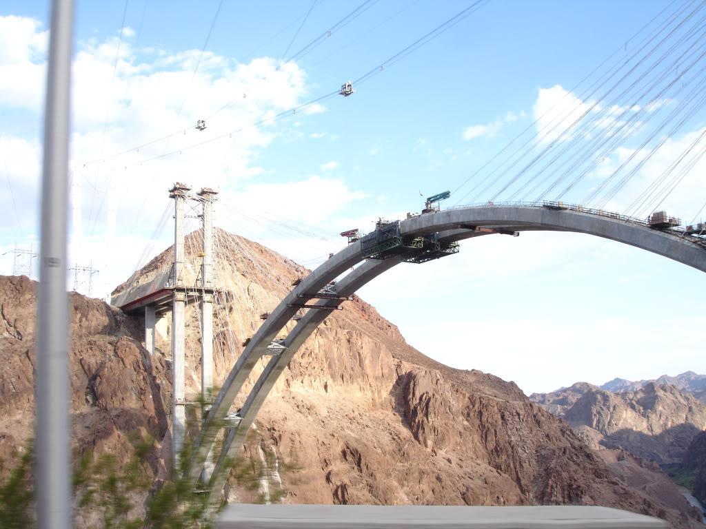 Pont sur le grand canyon DSC07820