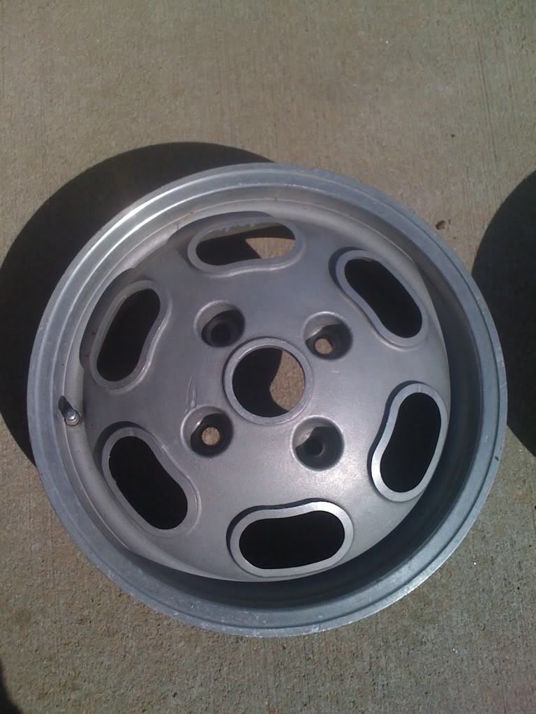 Looking for some info on these Rims E77c06dd