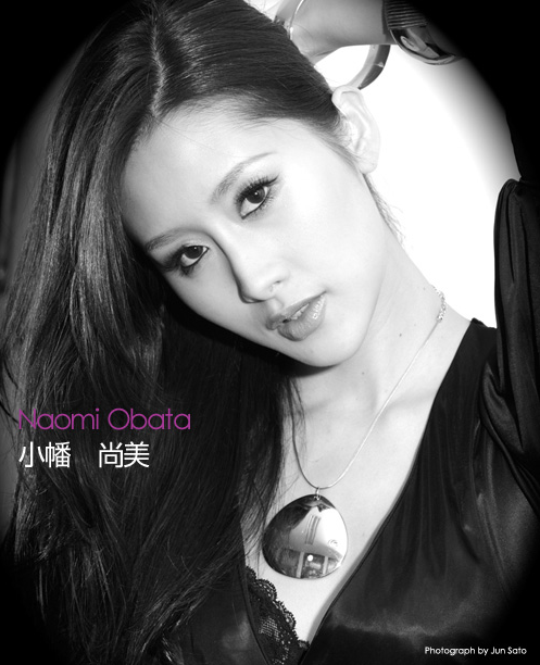The Road to Miss UNIVERSE Japan 2009- portraits in black and white - Page 2 22-3-20092-32-22
