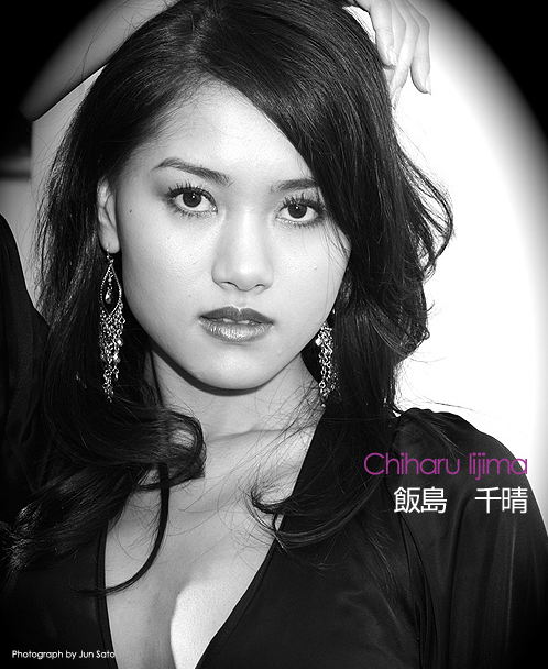 The Road to Miss UNIVERSE Japan 2009- portraits in black and white - Page 2 22-3-20092-32-44