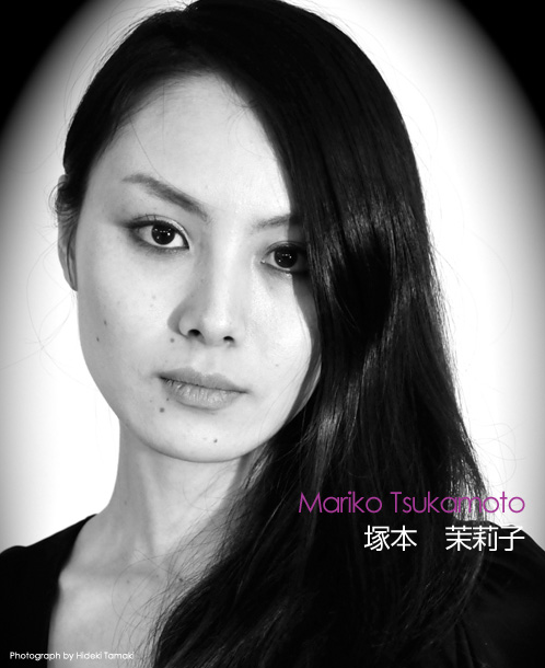 The Road to Miss UNIVERSE Japan 2009- portraits in black and white - Page 2 22-3-20092-38-57