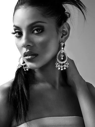 Miss Nicaragua 2009 - Indiana Sánchez won! 324017982692c3756ceajc9hq0-1