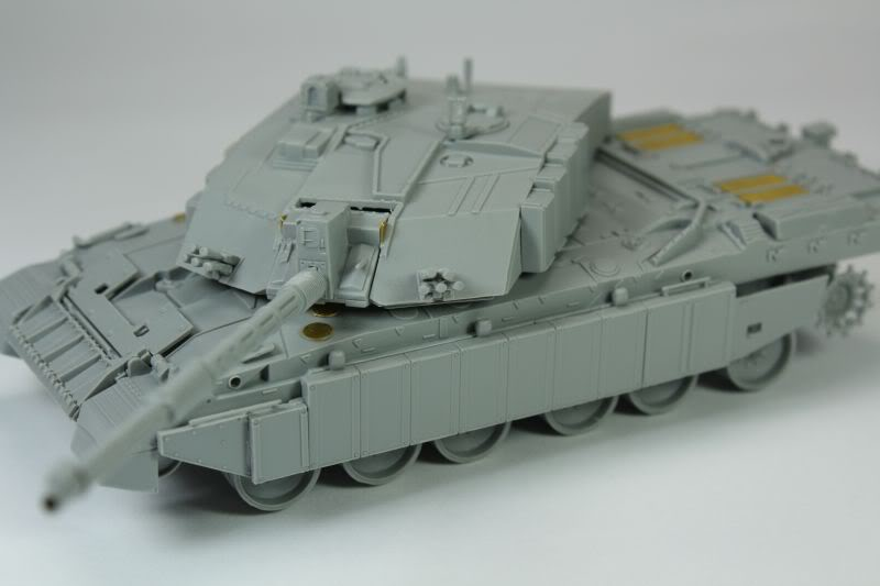 Challenger 2 w/Bar Armour Image002