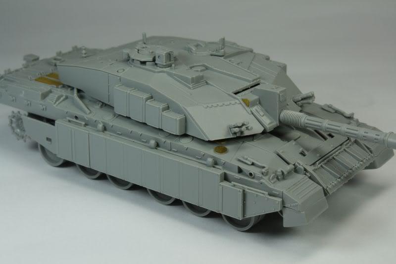 Challenger 2 w/Bar Armour Image005