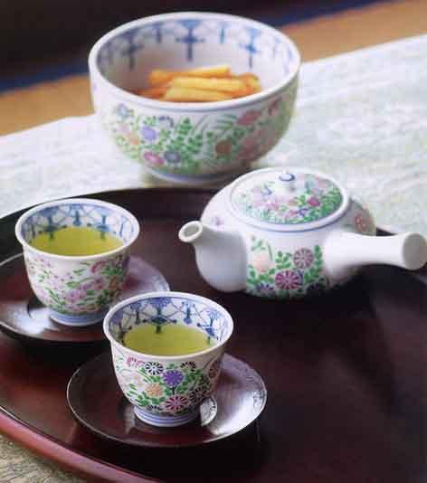 Ceaiul de la ora 5(x2) Teapot01