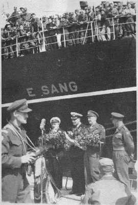 Troopships - Page 4 E-Sang1_zps6f7c3a84