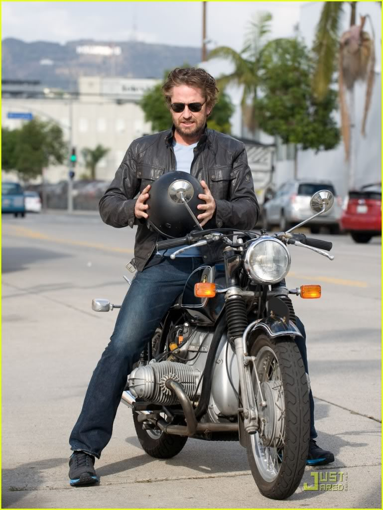 Gerard Butler: Motorcycle Man Gerard-butler-motorcycle-04