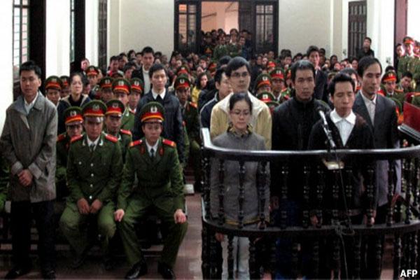 Bất công ở Việt Nam  005