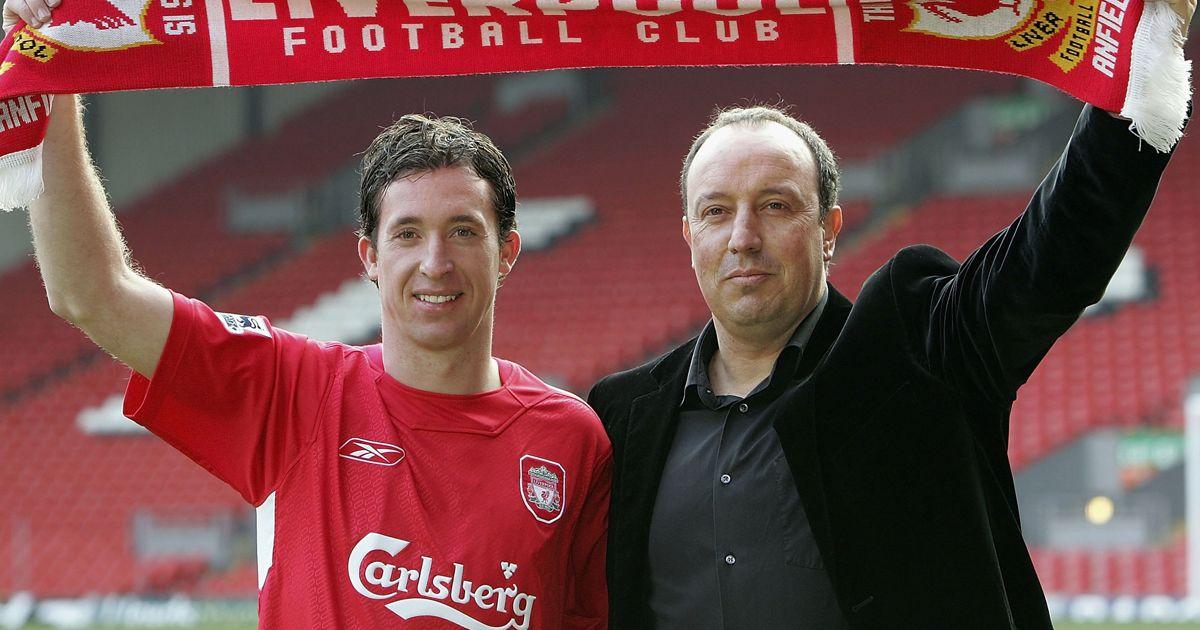 ¿Cuánto mide Rafa Benítez? - Altura - Real height Liverpool-manager-Rafael-Benitez-welcomes-Robbie-Fowler-back