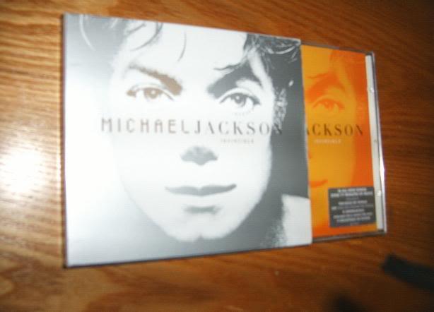 Curiosità varie su Michael Jackson - Pagina 25 01010052