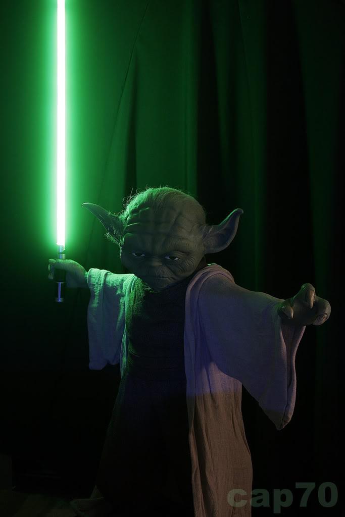 Yoda life size gentle giant YODA1-2