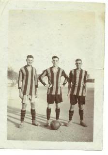 Ye Oldie Photo's Dad4Football001_zpse6aca698