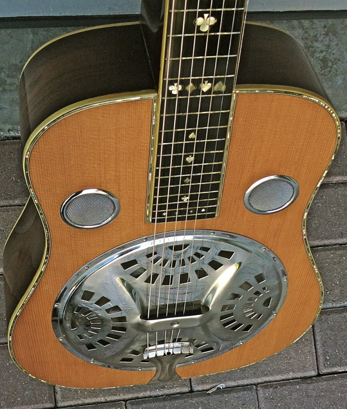 Shot Jackson and his Sho-Bud Guitar Company ! P1010894