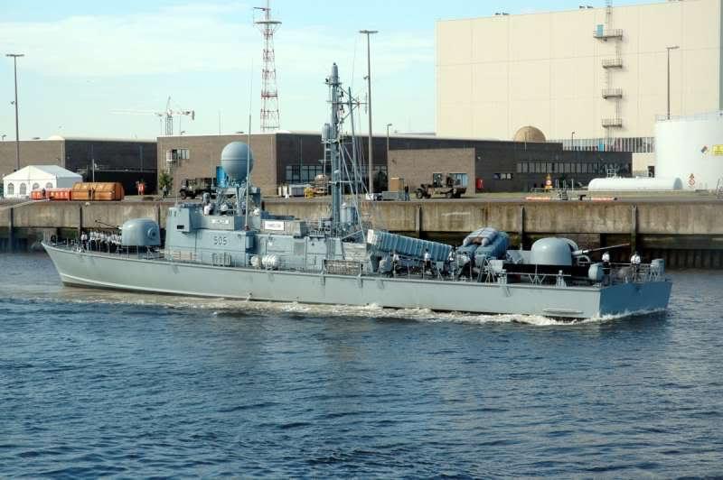 موسوعة الجيش التونسي  JaichTouns-IlMarine4505Hamilcar
