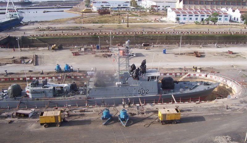 موسوعة الجيش التونسي  Marinebi1
