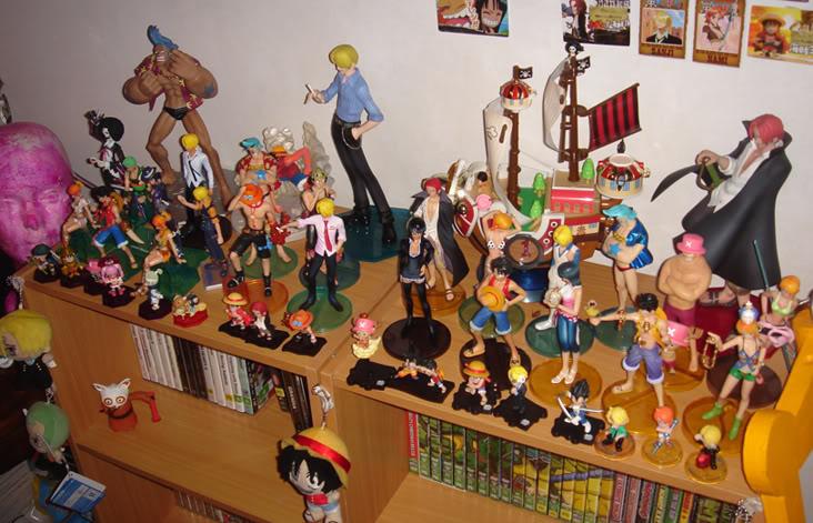 One Piece Mini Figurines...... Toomuch