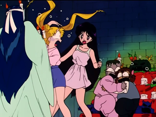 Funny Sailor Moon Pictures! - Page 2 Vlcsnap-2012-01-15-19h29m08s74