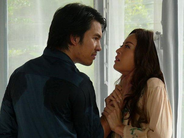 В плену любви  / Defendant of Love  (Таиланд, 2008г., 14 серий) 670bf0e535f3c90fc561d496fbe4958e