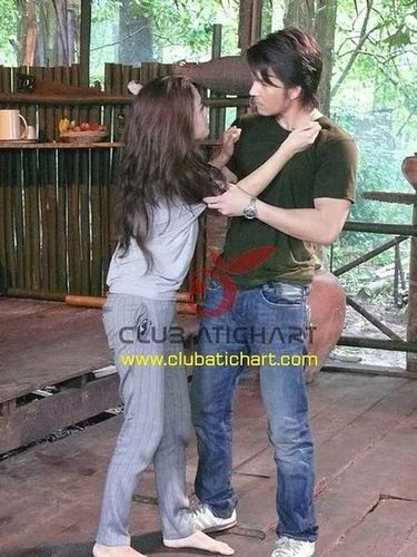 В плену любви  / Defendant of Love  (Таиланд, 2008г., 14 серий) 3a068a80357651b1aeebcd8462d165b0