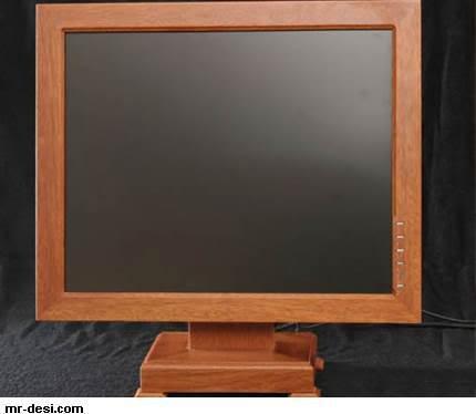 كمبيوتر من خشب 1