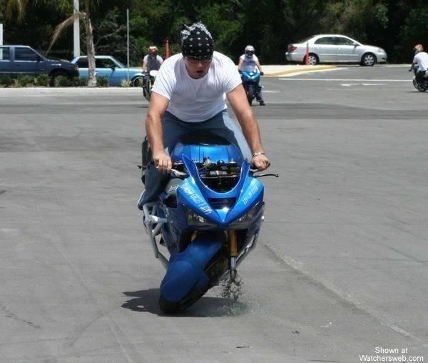 Humour en image du Forum Passion-Harley  ... - Page 3 Stunta