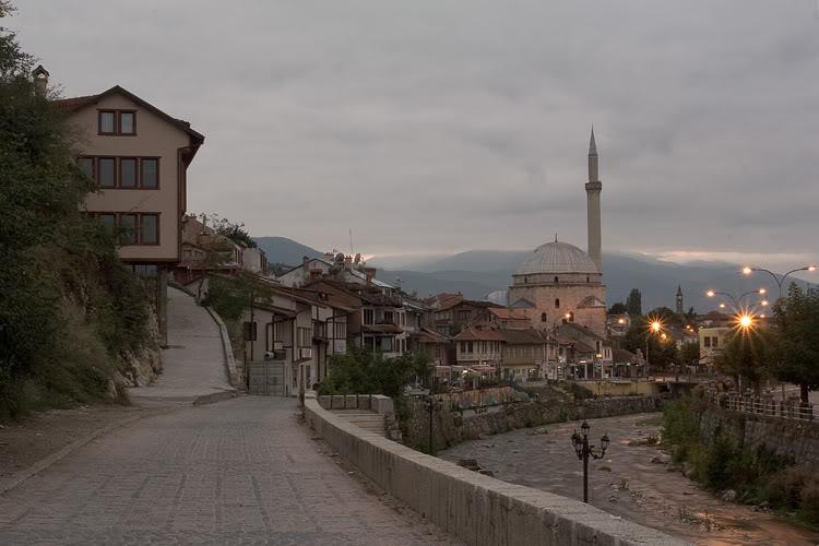 Ti njohim  vendet  tona me shum... View_from_Prizren