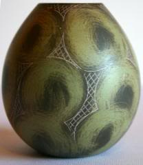 Frick Eggclose2