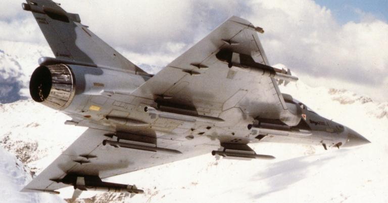 المقاتله الفرنسيه Dassault Mirage 2000  Mirage-2000-MICA-S