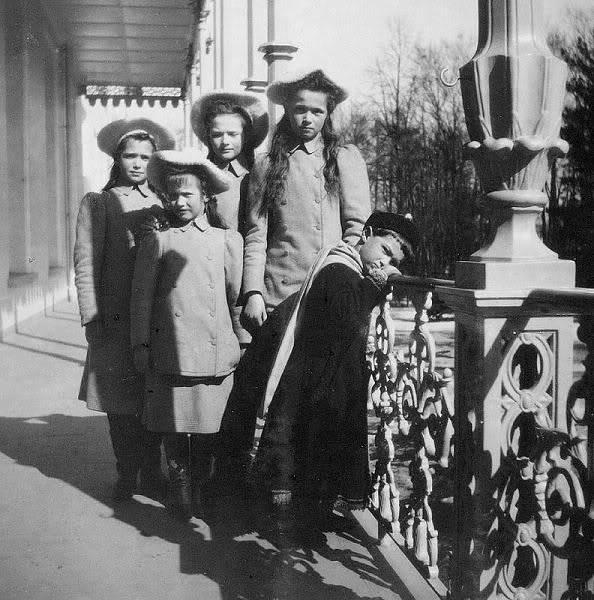 Los palacios de los Romanovs - Página 39 2867854270038578487S600x600Q85