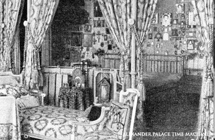Los palacios de los Romanovs Bed11