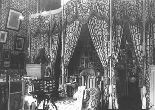 Los palacios de los Romanovs - Página 40 Bed2