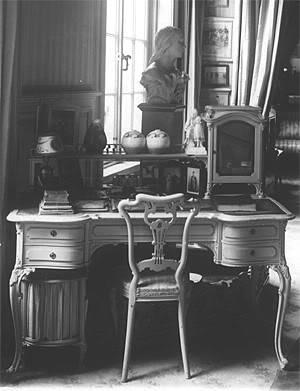 Los palacios de los Romanovs - Página 40 Mauvedesk