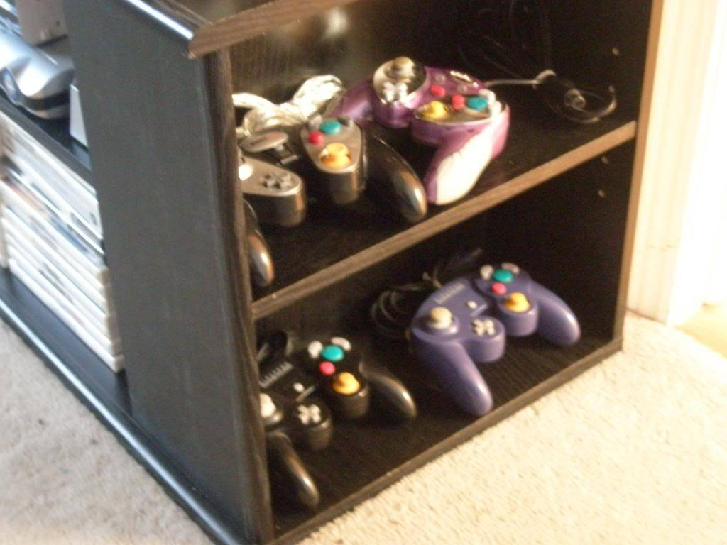 Post your setup/Gaming Collections.  P3260023