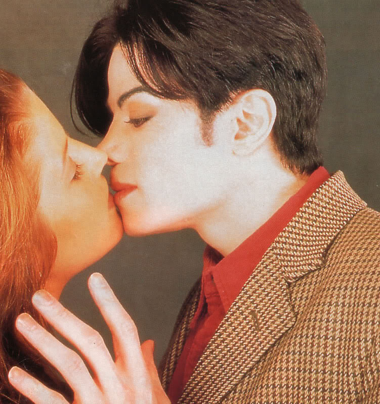 Immagini Michael e Lisa Marie Presley - Pagina 5 Abouttokiss