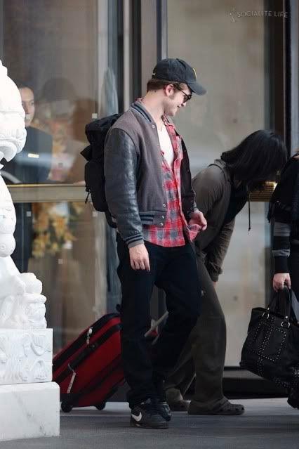 Robert Pattinson - Página 3 Rob95