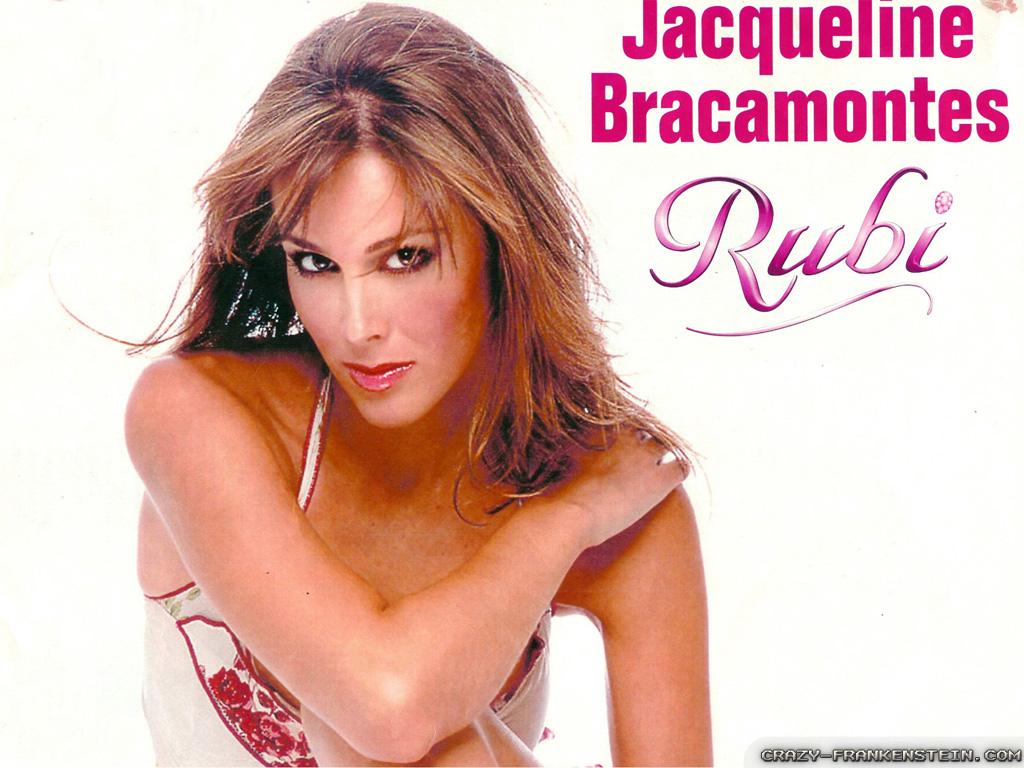 ჟაკლინ ბრაკამონტესი //Jacqueline Bracamontes #20 - Page 4 1731c0c6df7b9eb4eaea92202c7f24aa