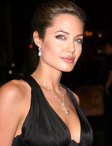 Angelina Jolie Angelina-jolie