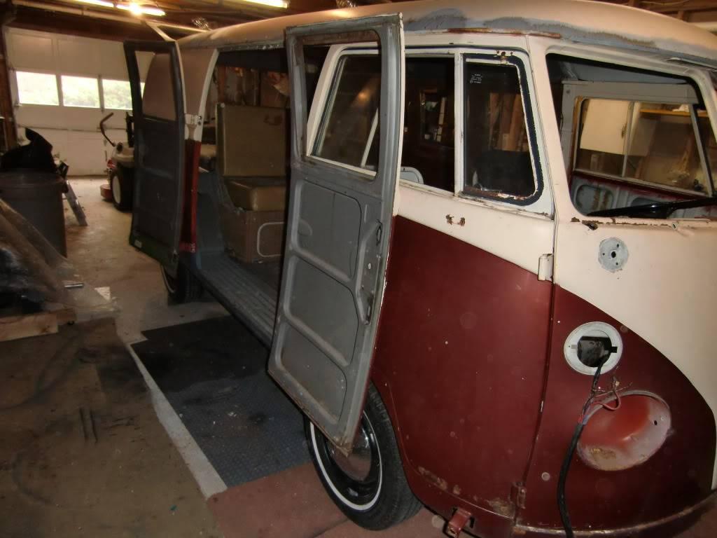 "66 Camper Bus ""Bocephus"" CIMG1655"
