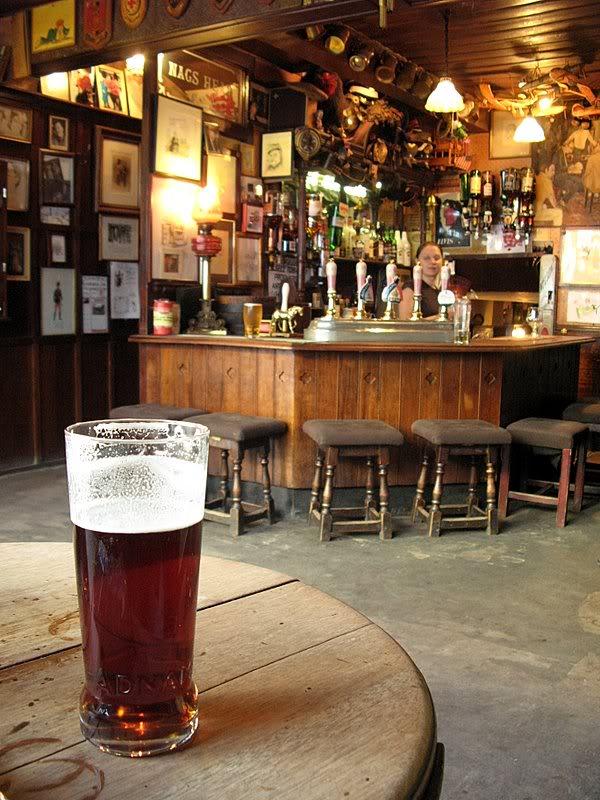 Knights Pub IMG_6778-1