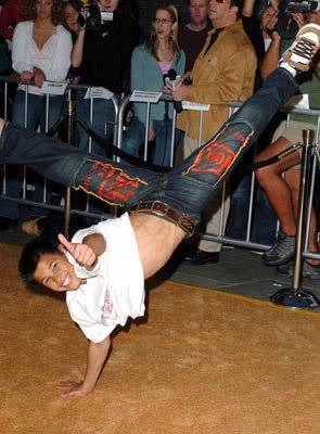 The OMG! Zone!! - Page 3 Breakdancing