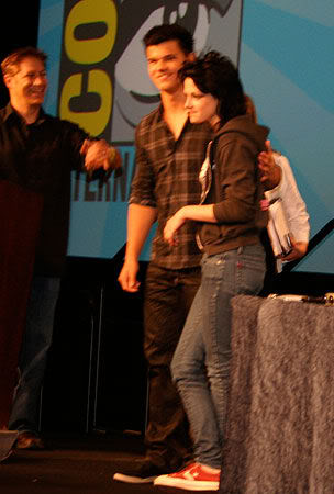 Comic Con 2009 Gallery-msg-124837210182-3